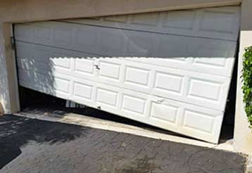 The 4 Worst Garage Door Malfunctions | Garage Door Repair Stamford, CT